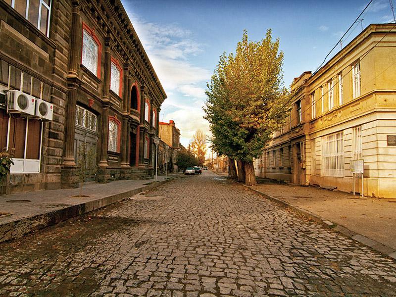 Сегодня Гюмри (Ленинакан) с надеждой ждет своего гостя, развивая туристическую инфраструктуру. Фотоcdn.araratour.com