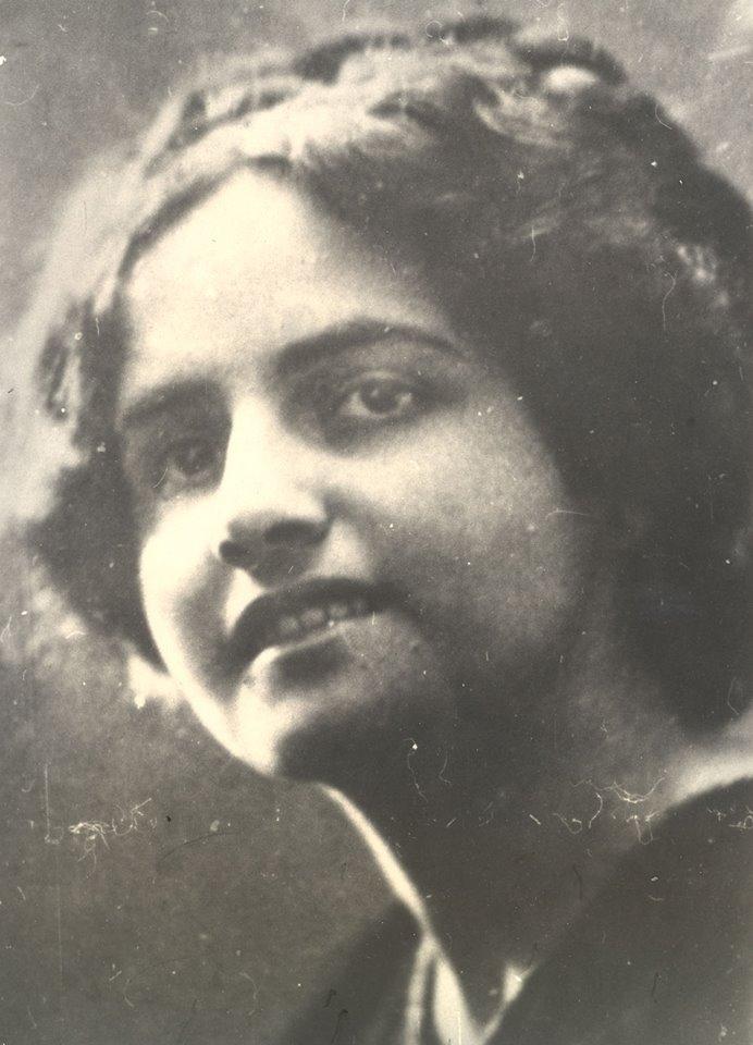 Двое детей Сусанны от Терьяна умерли после рождения, а от Мясникяна детей у нее не было. Умерла она в 1936 году от туберкулеза