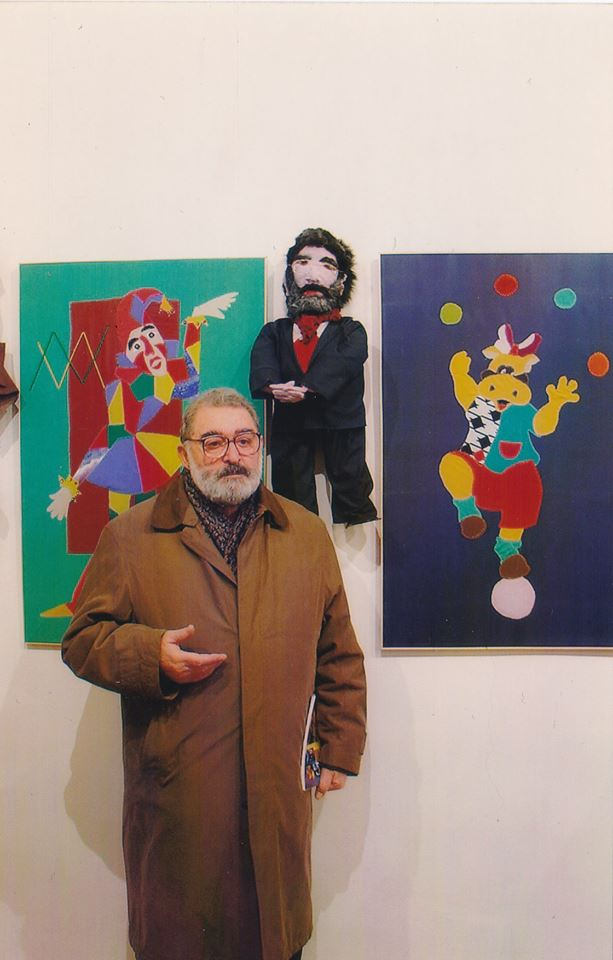 Генрих Суренович Игитян в Центре эстетического воспитания детей. Фотоlorivisit.com