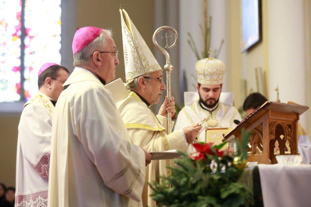 Архиепископ Рафаэль Минасян посетил общины армян-католиков на территории Архиепархии Божией Матери в Москве. Фото sib-catholic.ru