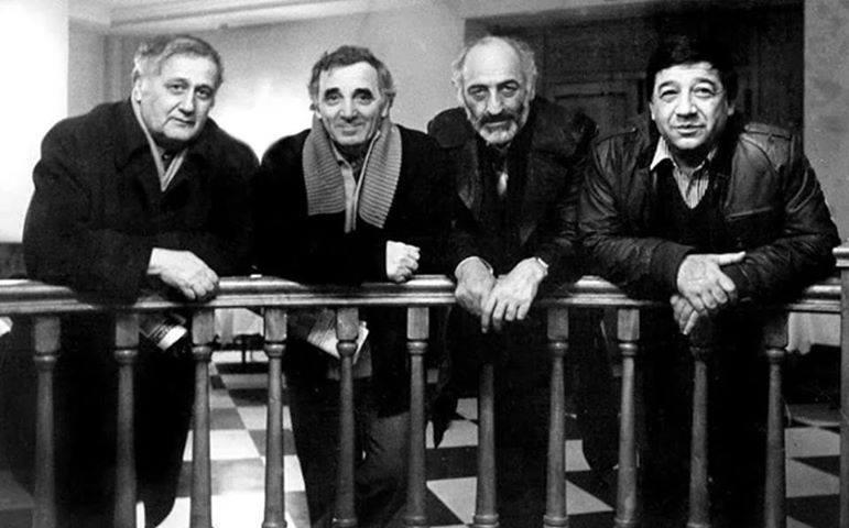 Генрих Малян, Шарль Азнавур, Сос Саркисян и Альберт Мкртчян. Париж, 1986. Фото: hayagitaran.am
