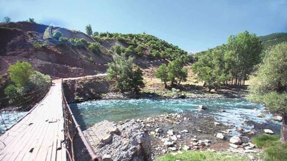 Богатейшая природа края делает этот уголок Турции (Тунджели) привлекательным для туристов.