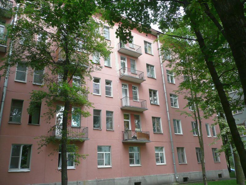 Дом № 10 на ул. Гранитной, где жил ученый. Фотоv-murza.livejournal.com