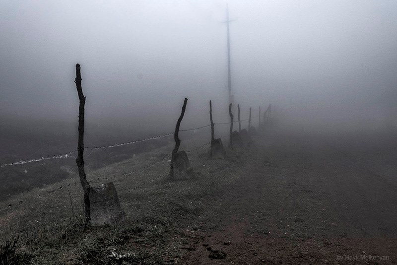 У каждого своя дорога к кресту... Фото Айка Мелконяна