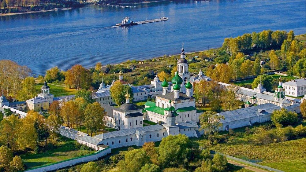 Толгский монастырь,расположенный в Ярославле на левом берегу Волги