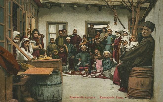 «Армянский кутеж». Дореволюционная открытка из серии «Кавказские типы»  CRÓNICAS ARMENIAS