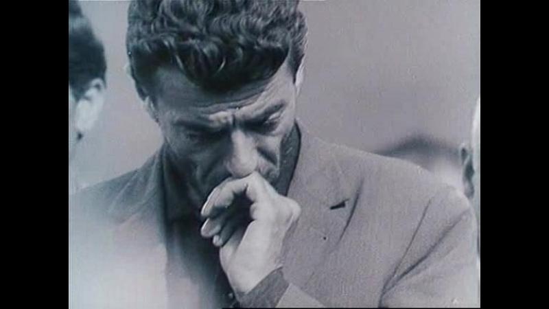 """Кадр из фильма Артавазда Пелешяна """"Мы"""" (!969)."""