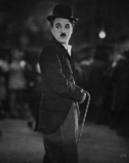 Annex+-+Chaplin,+Charlie+(Gold+Rush,+The)_NRFPT_15.jpg