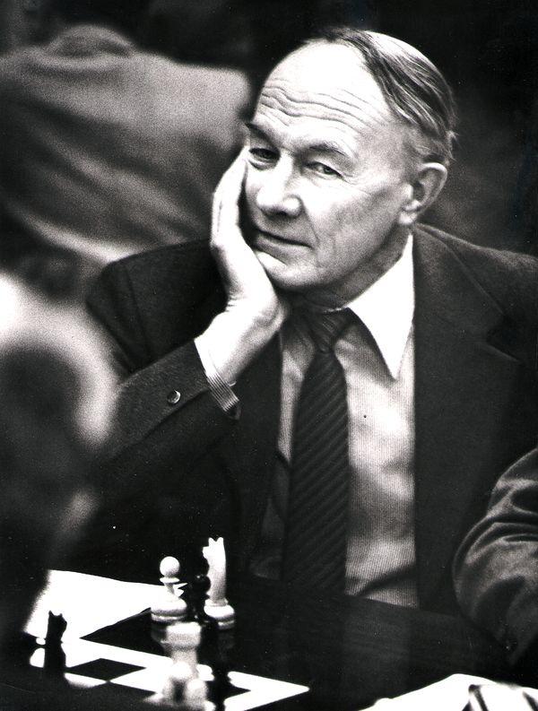Анатолий Уфимцев.