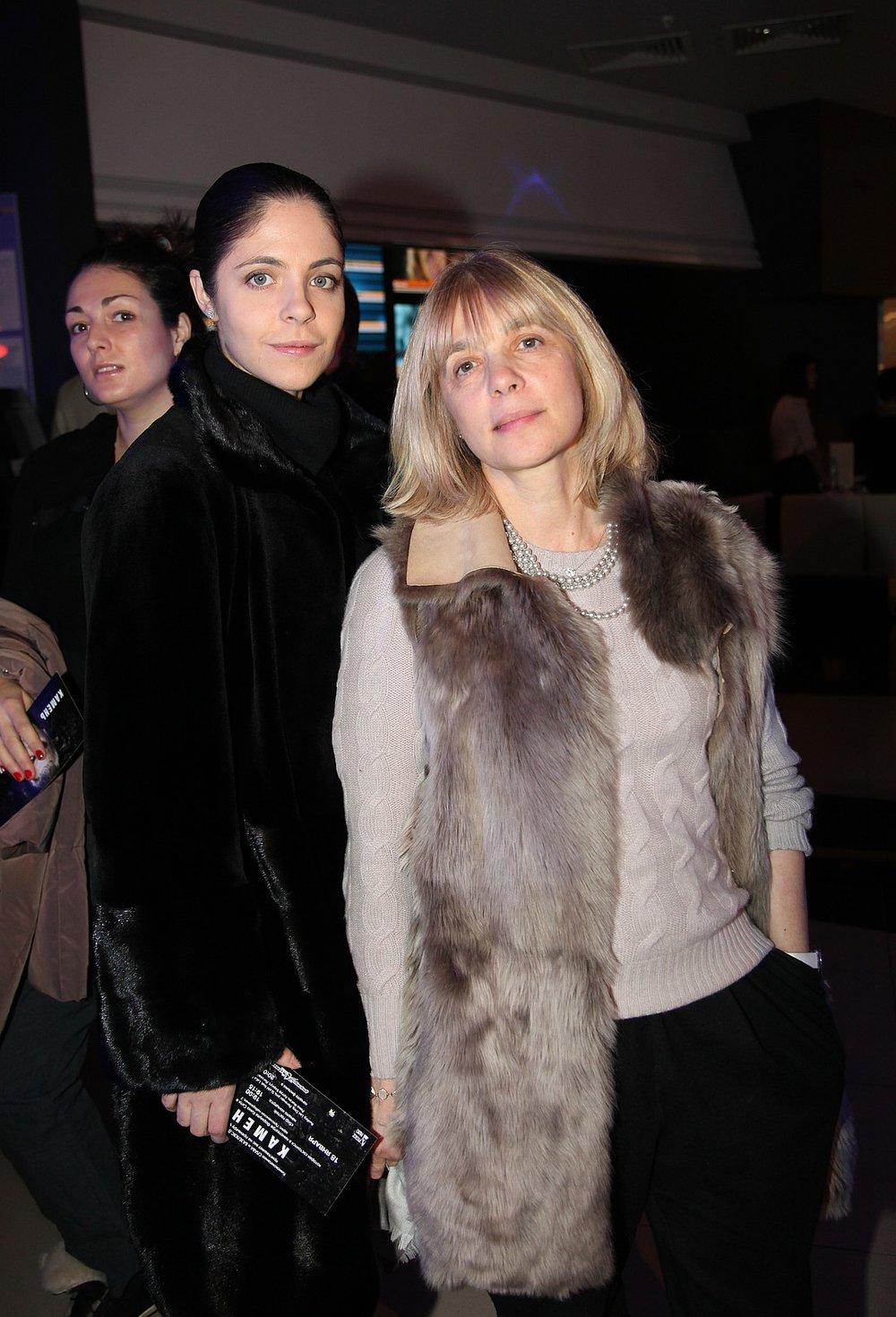 Вера Глаголева с дочкой Анной Нахапетовой. Фото КП Ларисы Кудрявцевой.jpg
