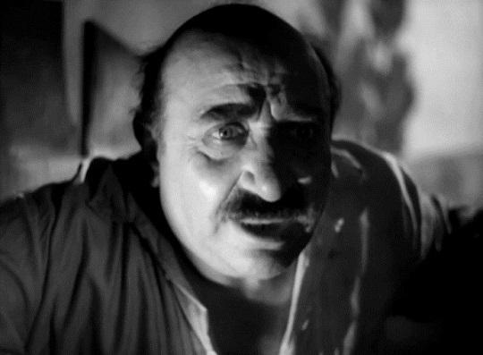 Фаддей Сарьян в роли нечестного хозяина