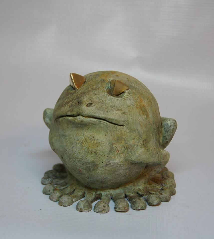 А еще Геворг Арутюнян сделал такую лягушку-мяч