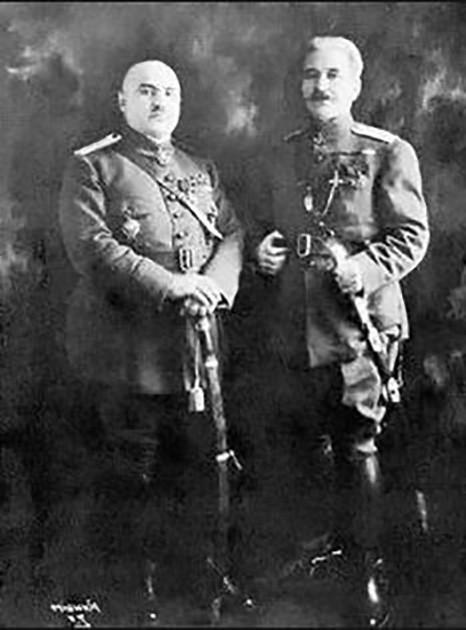 Генералы Яков Багратуни и Андраник Озанян