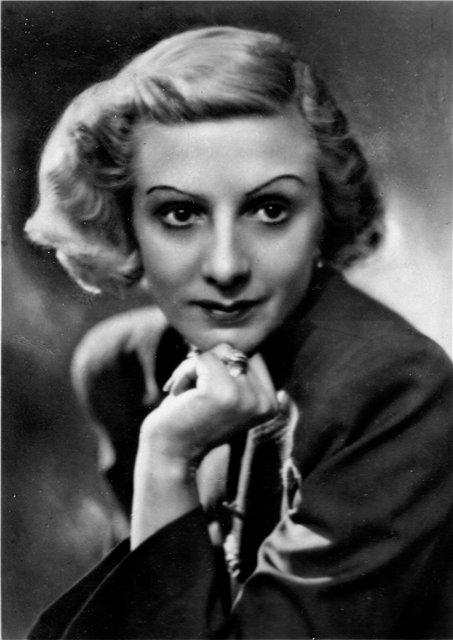 Наталья Дудинская (1912-2003), Народная артистка РФСФР, первая исполнительница Гаяне.
