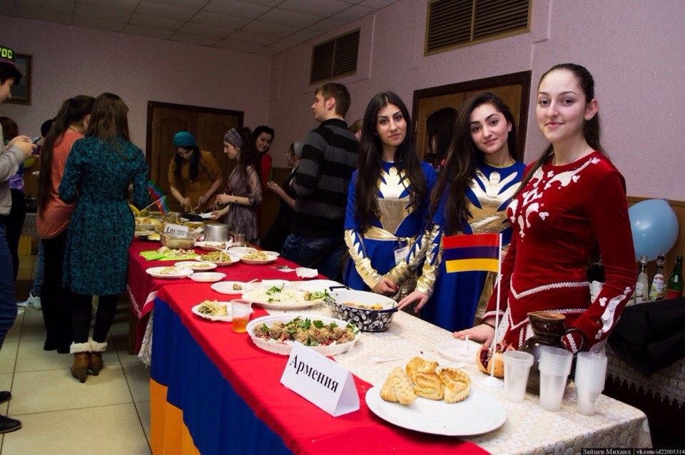 Армянский стол на Дне национальной кухни| armdiaspora76.ru