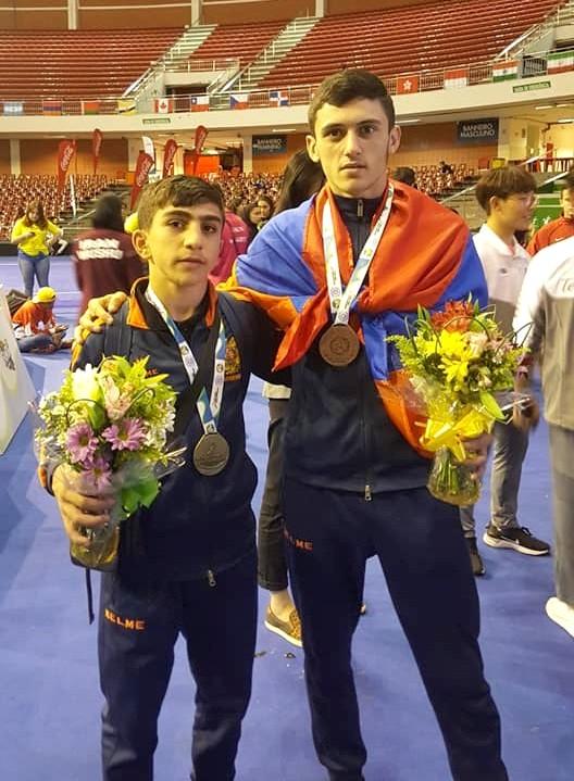 Медалисты Арсен Багрян и Вардан Абраамян | facebook.com
