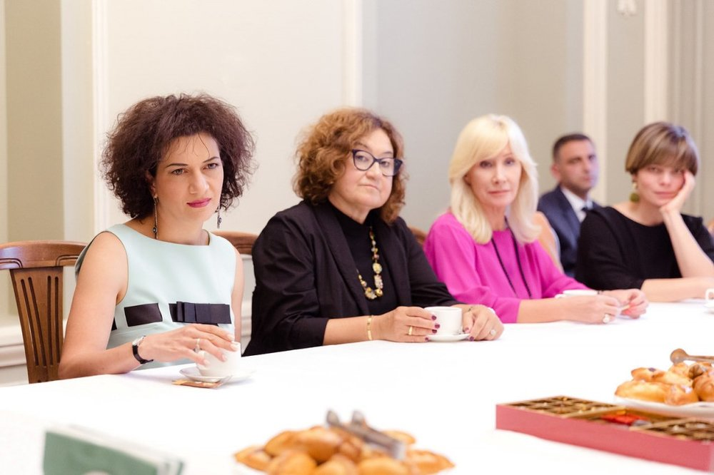 Анна Акопян на встрече в Третьяковской галерее | galatv.am