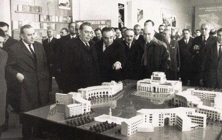 Визит Л.И. Брежнева в Армянскую ССР | wikipedia.org