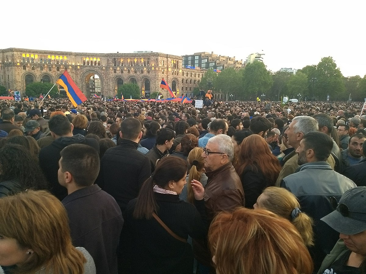 Митинг на площади Республики 22 апреля 2018 года | wikipedia.org
