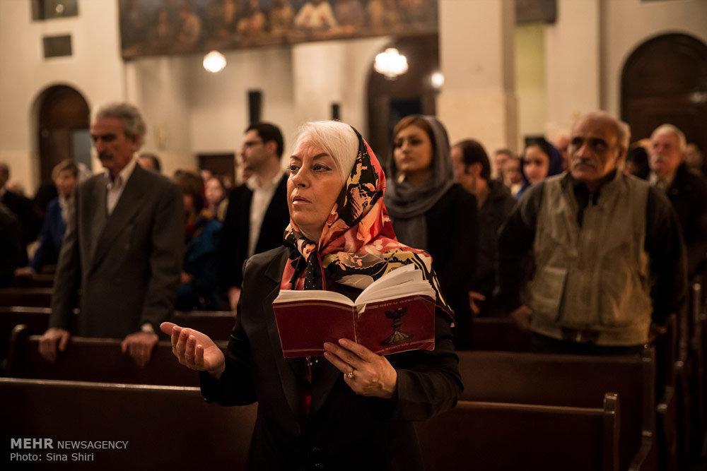 Праздничная служба в кафедральном храме Сурб Саркис в Тегеране всегда является чем-то особенным. Хотя некоторые местные армяне предпочитают ходить в другие храмы. Например, в Сурб Аствацацин на улице Мирза Кучек-хан | mehrnews.com