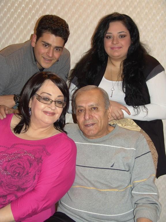Флора Мартиросян с семьей | barev.today