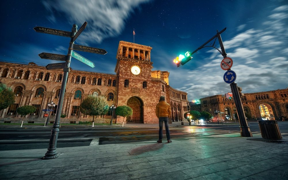 Ереван. Фото © Hayk Barseghyan ǁ million-wallpapers.ru
