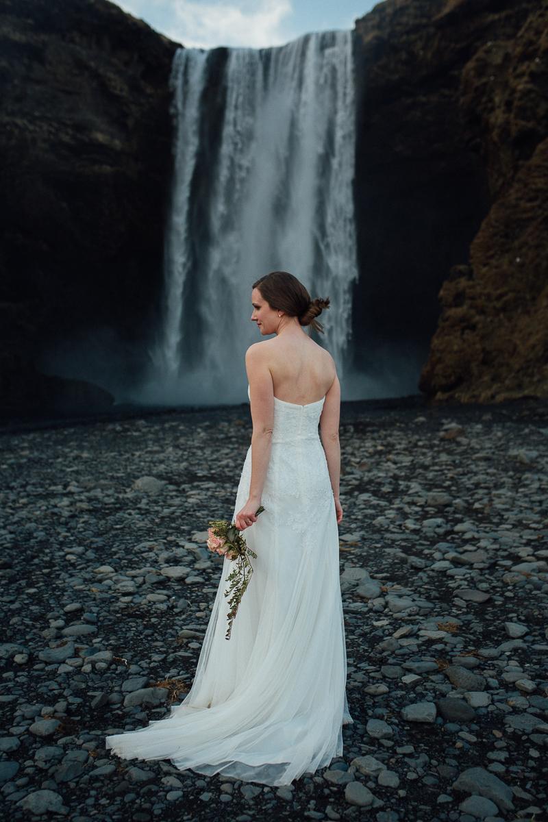 Iceland Elopement-080.jpg