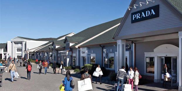 Woodbury-Common-Premium-Outlets-Day-Trip-1.jpg