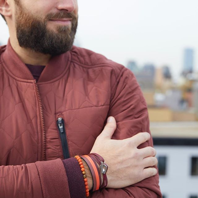 Get your stripe game on! Our entire stripe collection is now 25% off!  #jammxiv #jammxivbracelet #leathergoods #leathergoods #smallleathergoods #mensleather #leatheraccessories #mensstyle #leathercraft #nycstyle #nycstreetstyle #cardholders #keyring #leatherfashion #mensfashion #wristaction #whatsonyourwrist #armcandy #leather #bracelets #braceletstacks ⠀⠀⠀
