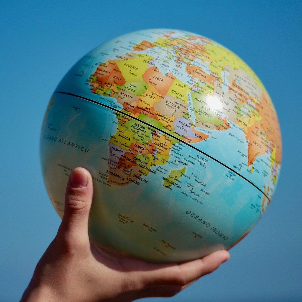 map-of-the-world-2164673_1920.1.jpg