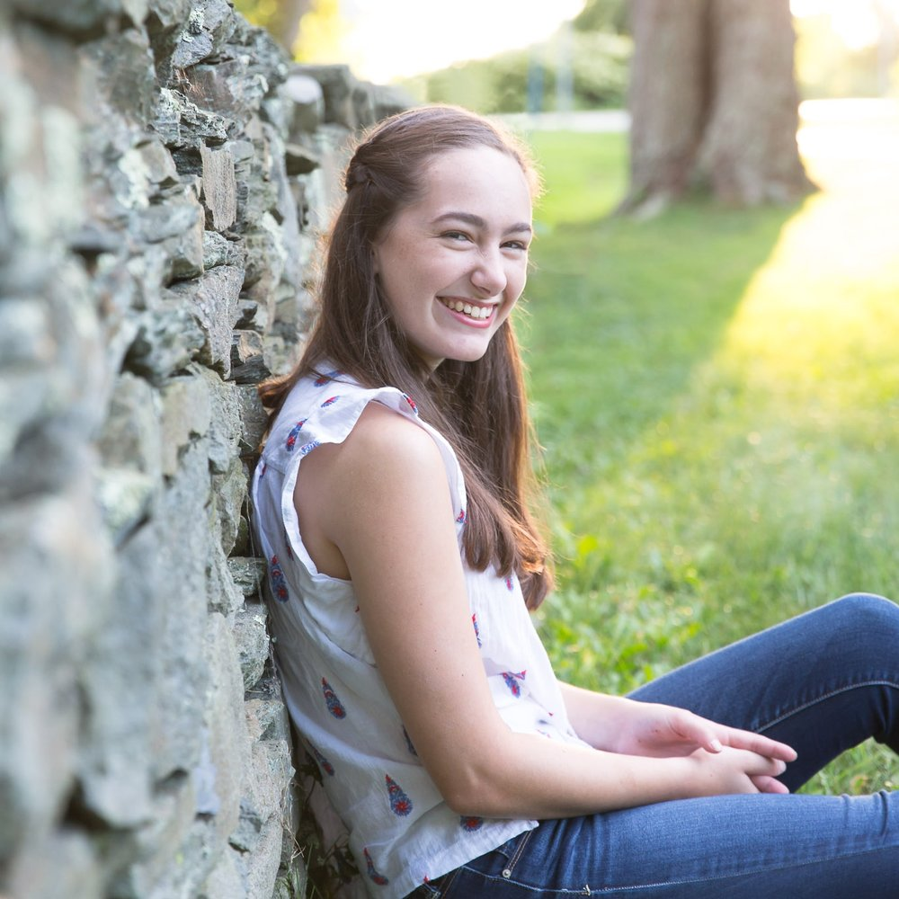 sea green photography, cynthia ragona, rhode island senior portrait photographer, senior girl rock wall, colt state park