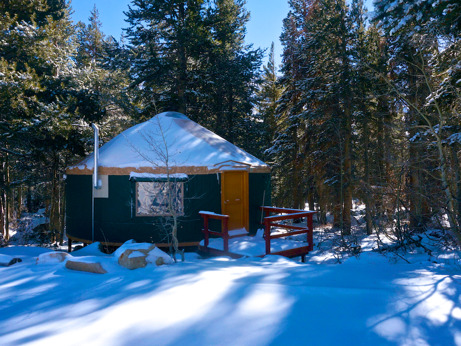 The cozy backcountry yurt at Virginia Lakes