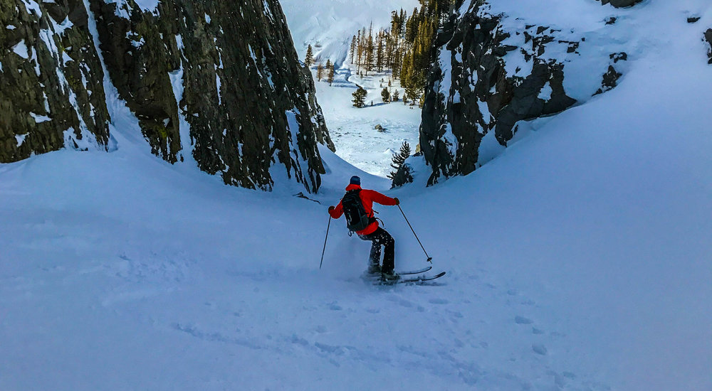 Skiing the fern grotto couloir in the june lake area last weekend.