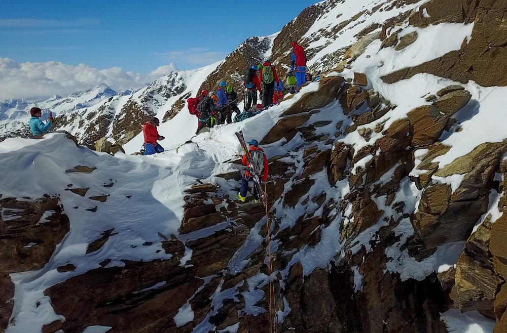 Rapelling into a ski descent in Alagna