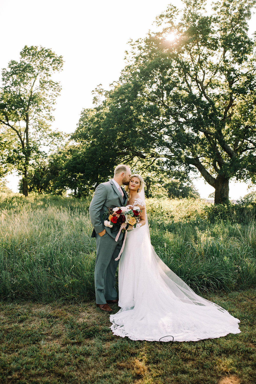 sydney-davidson-wedding-stillwater-oklahoma-wedding-session-traveling-photographer-portrait-tulsa-oklahoma-3388.jpg