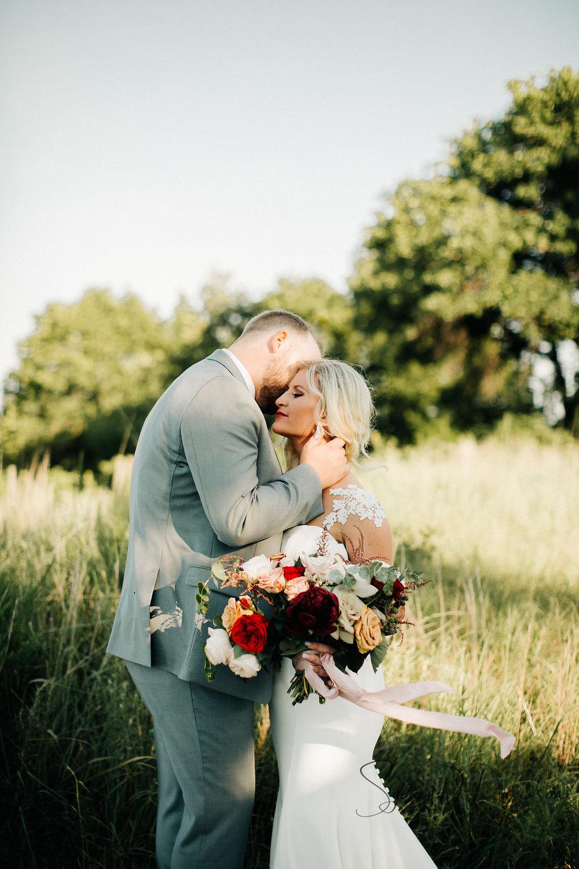sydney-davidson-wedding-stillwater-oklahoma-wedding-session-traveling-photographer-portrait-tulsa-oklahoma-3822.jpg
