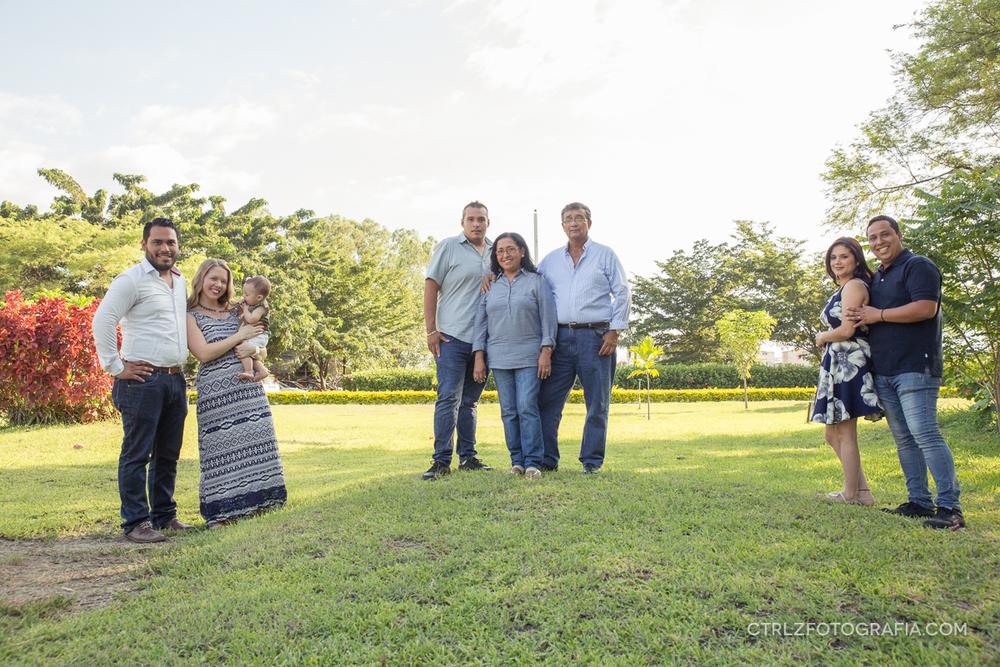 fotografia-familiar-family-photography-Portoviejo 18.jpg