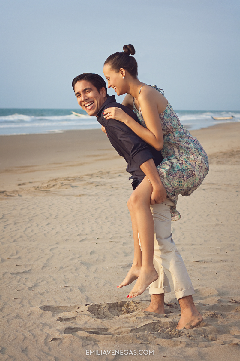 fotografia-parejas-playa-portoviejo-16.jpg