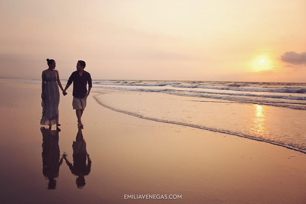 fotografia-parejas-playa-portoviejo-19.jpg