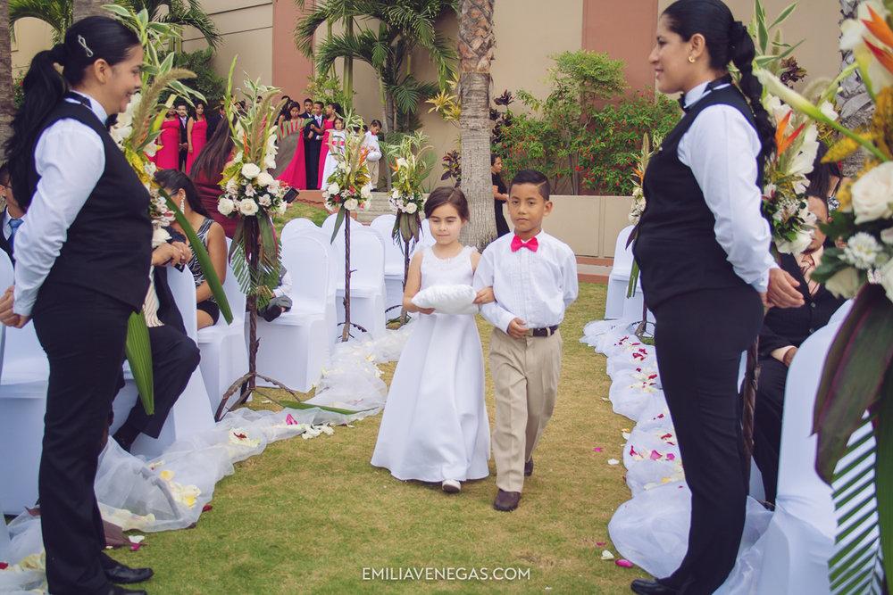fotografia-de-bodas-weddings-Manta-Hotel-Oro-Verde-9.jpg