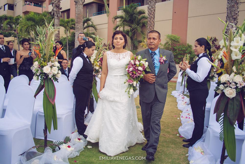 fotografia-de-bodas-weddings-Manta-Hotel-Oro-Verde-11.jpg