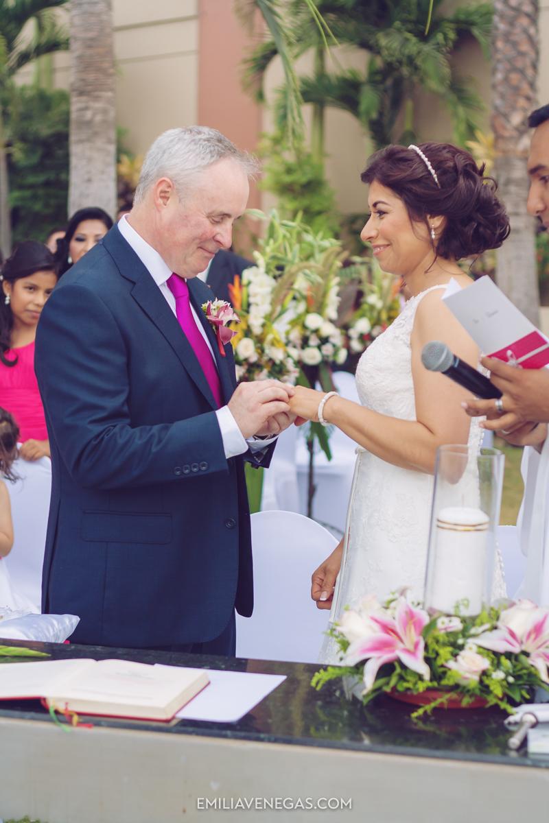 fotografia-de-bodas-weddings-Manta-Hotel-Oro-Verde-20.jpg