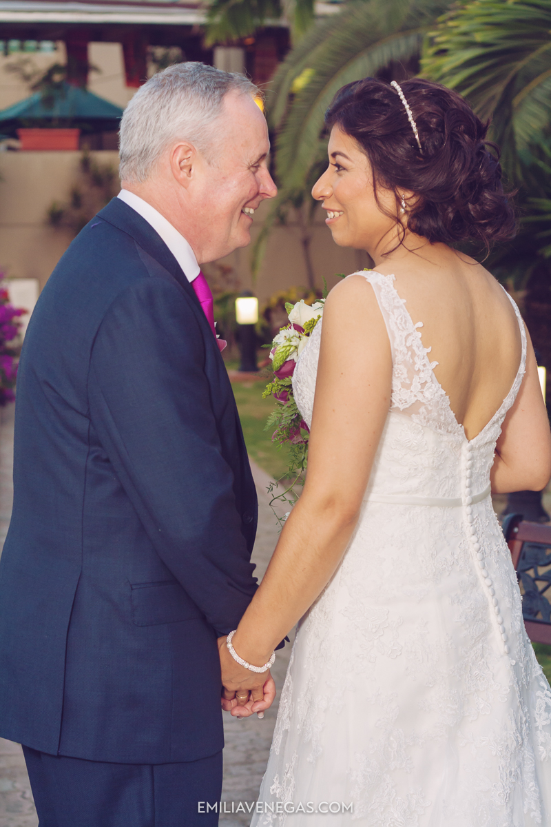 fotografia-de-bodas-weddings-Manta-Hotel-Oro-Verde-29.jpg