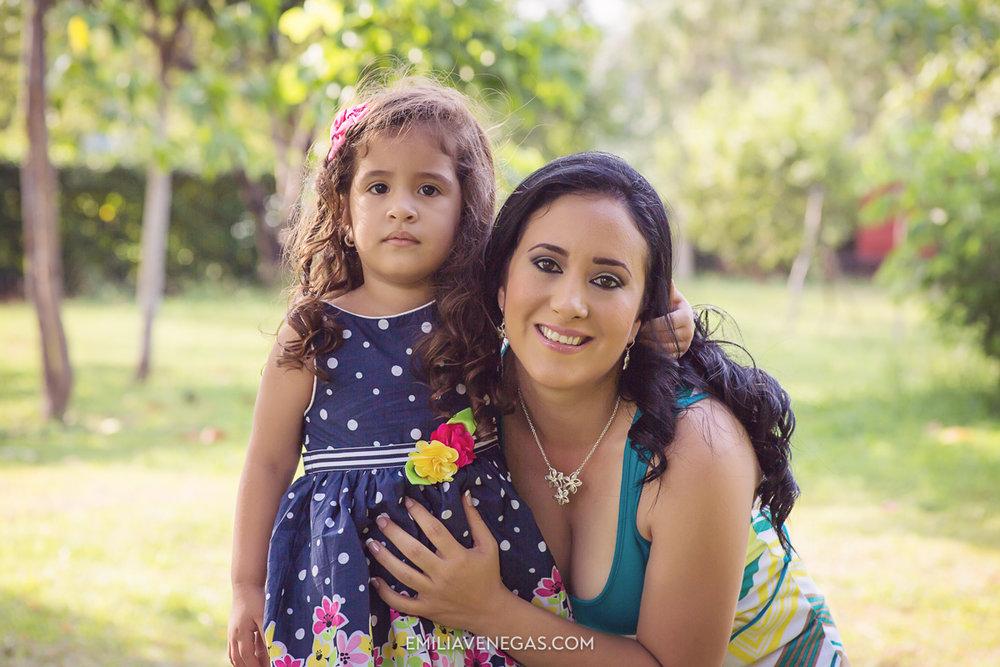 fotografia-familiar-niños-Portoviejo----6.jpg