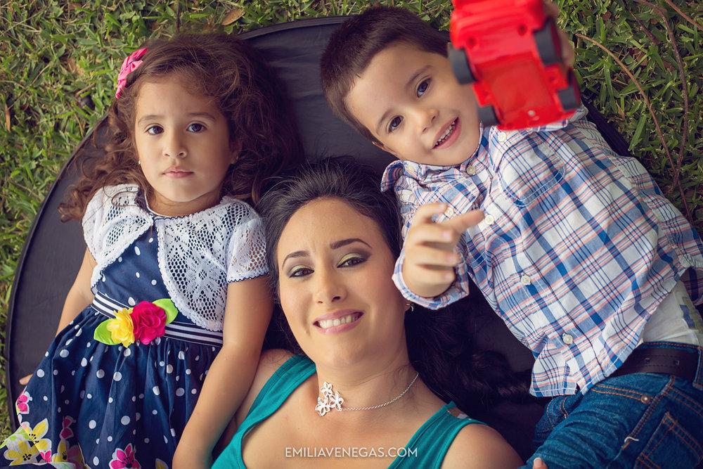 fotografia-familiar-niños-Portoviejo----14.jpg