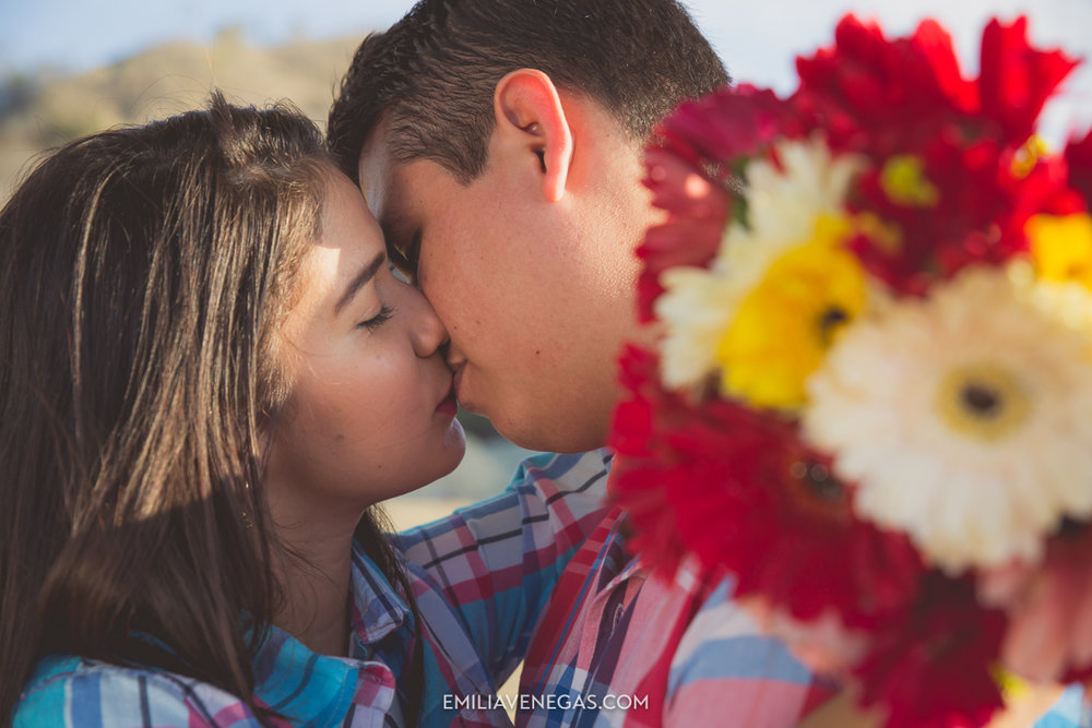 fotografia-parejas-novios-Playa-Tiñosa-Manabi-3.jpg