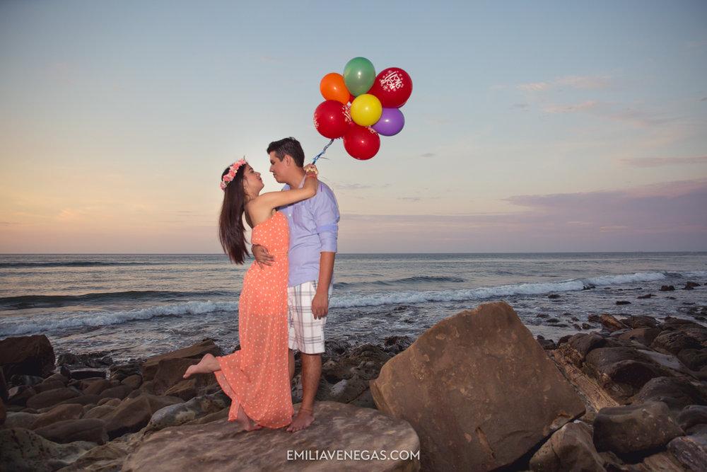 fotografia-parejas-novios-Playa-Tiñosa-Manabi-10.jpg