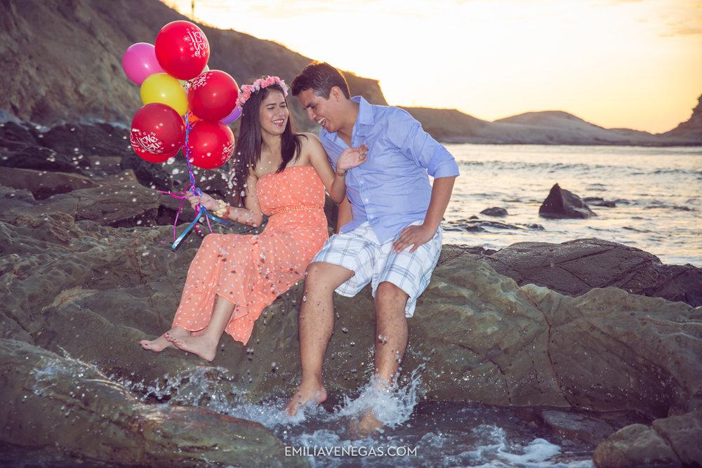 fotografia-parejas-novios-Playa-Tiñosa-Manabi-9.jpg