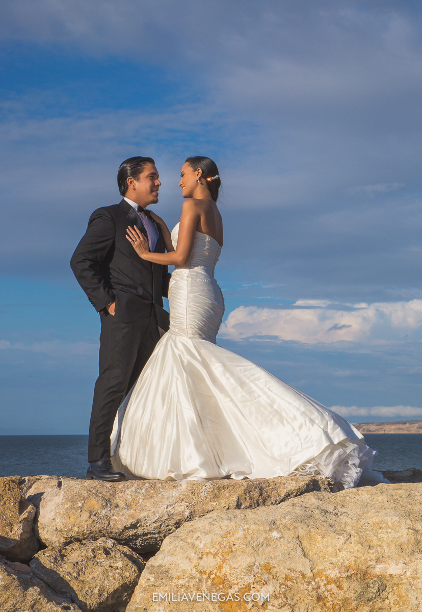 fotografia-bodas-parejas-novios-san-lorenzo-playa-1.jpg