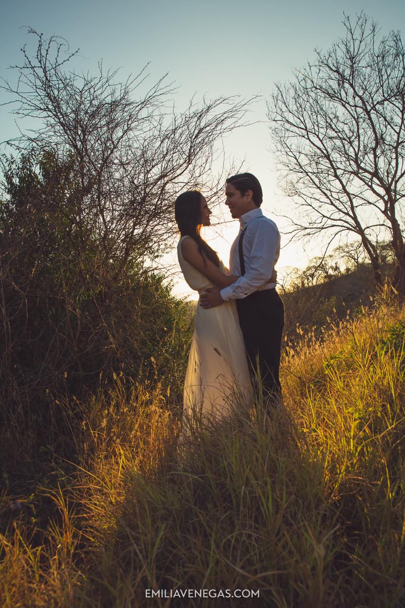 fotografia-bodas-parejas-novios-san-lorenzo-playa-12.jpg